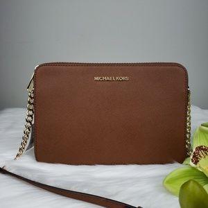🌺NWT Michael Kors LG EW crossbody bag brown purse